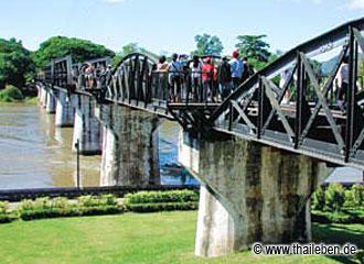 Die berühmte Brücke über den River Kwai.