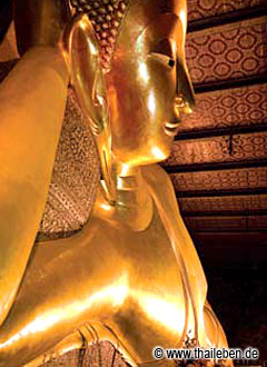 Touristenmagnet in Bangkok: Der liegende Buddha im Wat Pho.
